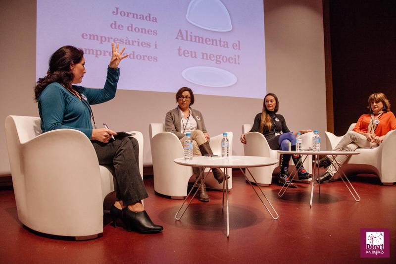 Prensentació i moderació de la Taula rodona Jornada dones empresaries - Març 2015 gabinete de prensa